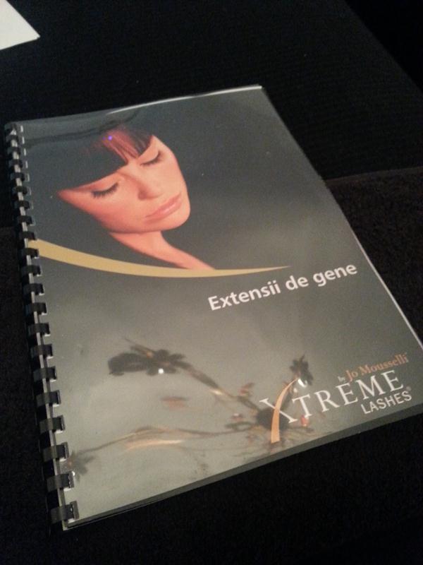 Academia-Xtreme-Lashes 1