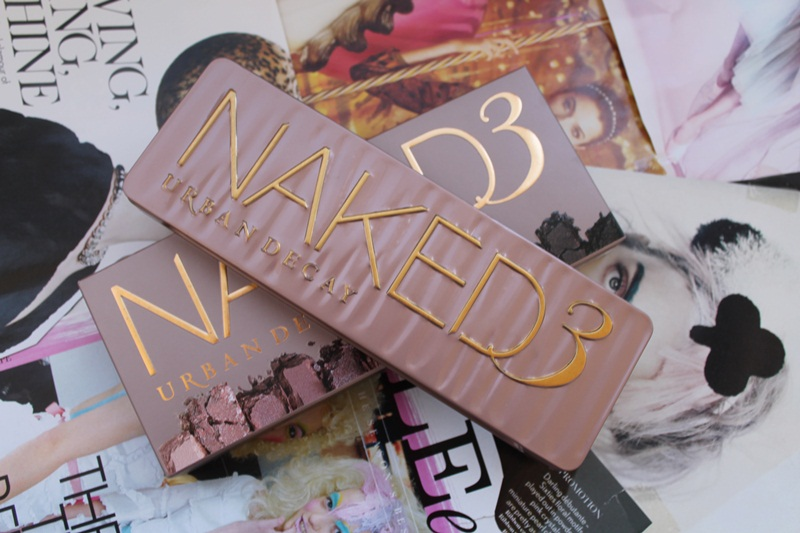 NAKED 3 palette by Urban Decay swatches