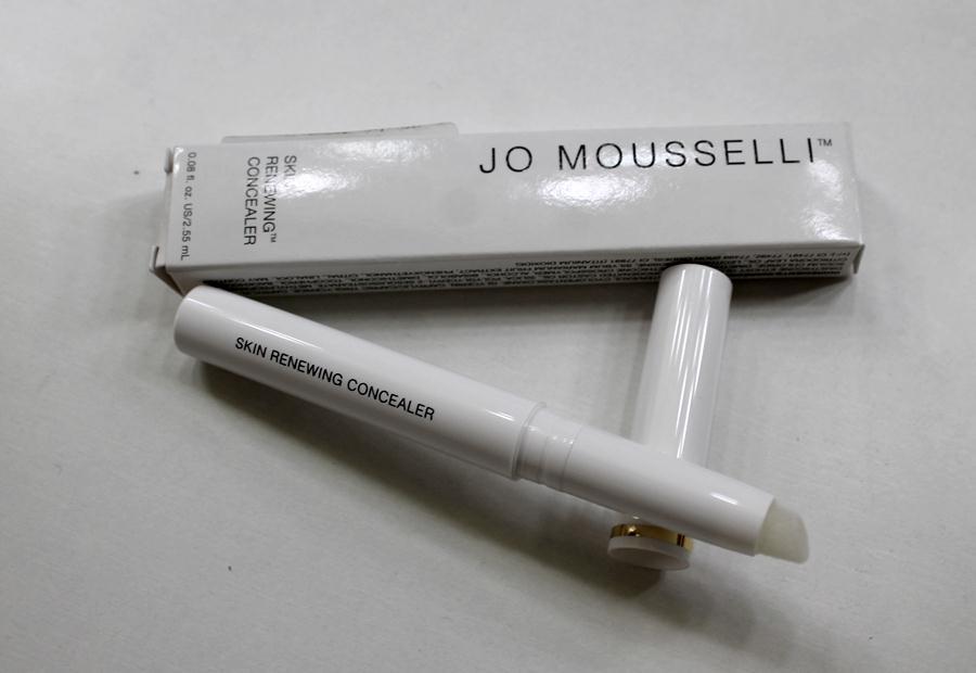 Jo-mousselli-skin-renewing-concealer2