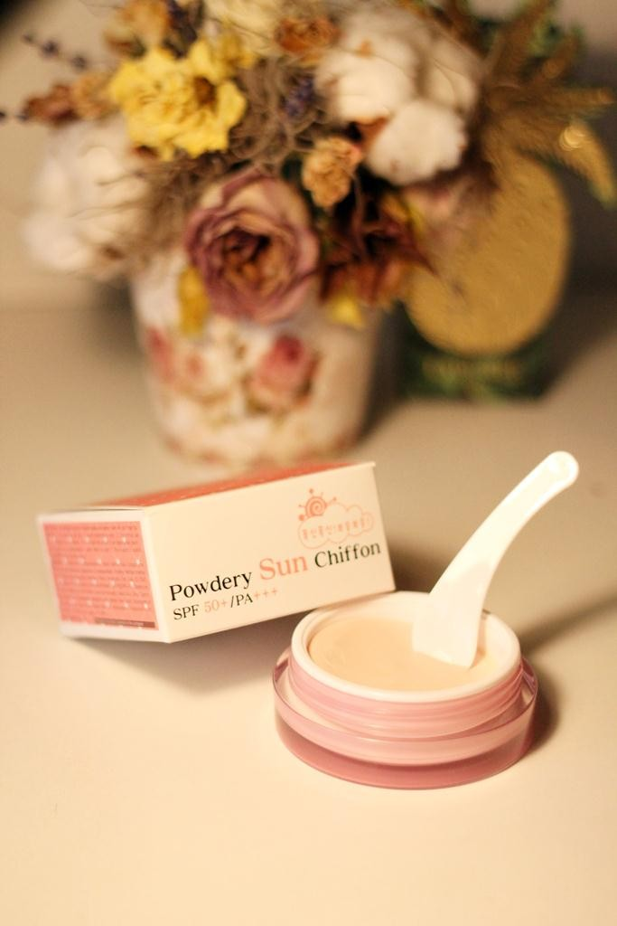 Lioele-Powdery-Sun-Chiffon1