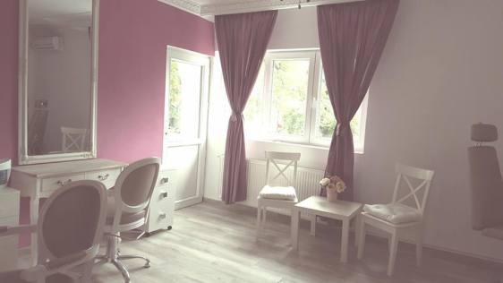 charming-beauty-studio2